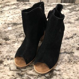 TOMS Majorca perforated black suede bootie